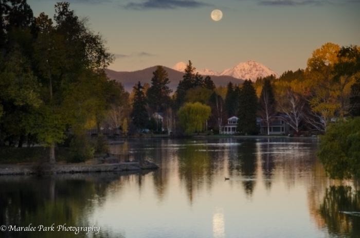 Moonrise-5521November 06, 2014