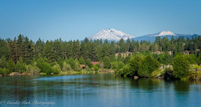 Des chutes River, Water, Mountains, Bend, Oregon